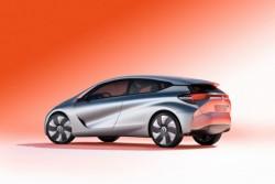 Renault хочет обрушить цены на рынке гибридомобилей